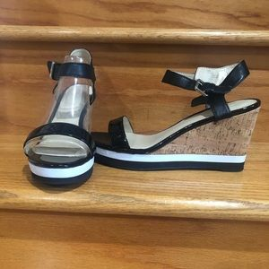 Liz Claiborne Wedge heel